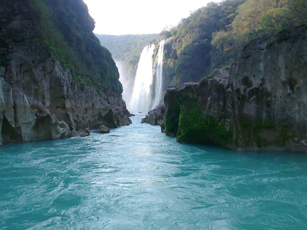 Salto de agua quismon